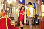 Big B shakes leg with CM's Wife