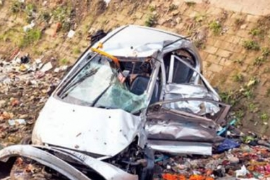 NRI and Daughter killed in road accident
