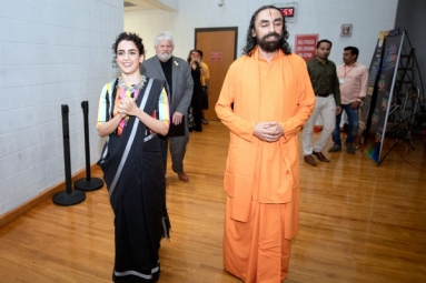 In Pictures: Dangal Star Sanya Malhotra Attends a Yoga Festival in Dallas with Swami Mukundananda