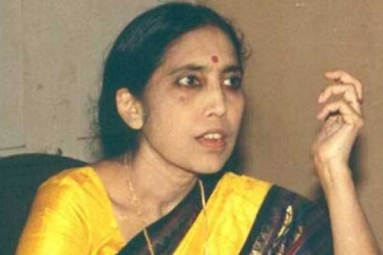 Popular Telugu Novelist, Yaddanapudi Sulochana Rani Passed Away in California