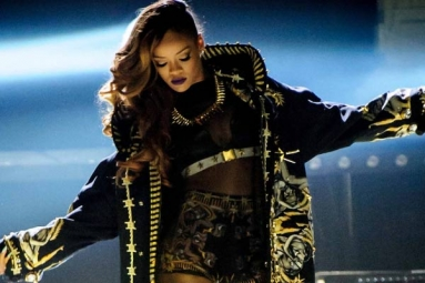 For the First Time Ever, Rihanna Is Coming to India for a Concert